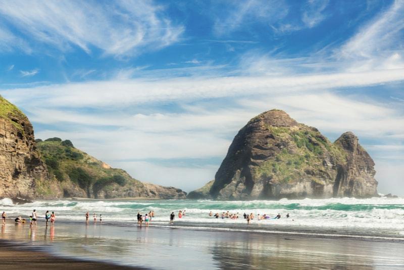 Piha Beach - Fun things to do in New Zealand