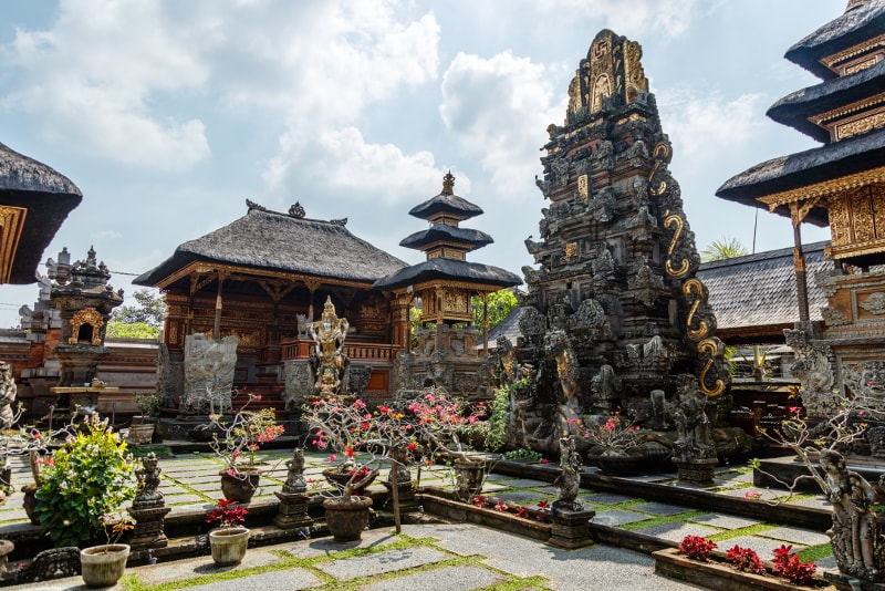 Pura Taman Saraswati - Fun things to do in Bali