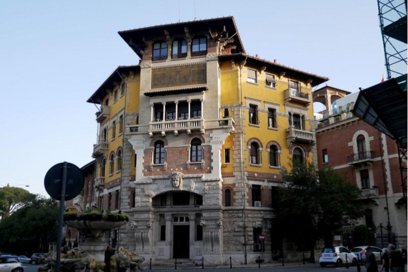 Quartiere Coppedè - Rom Sehenswürdigkeiten