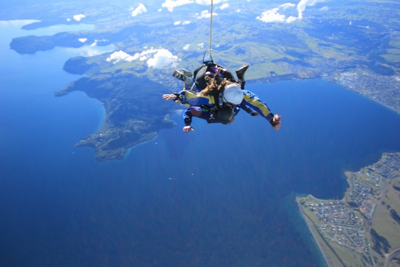 Skydiving New Zealand - Fun things to do in New Zealand