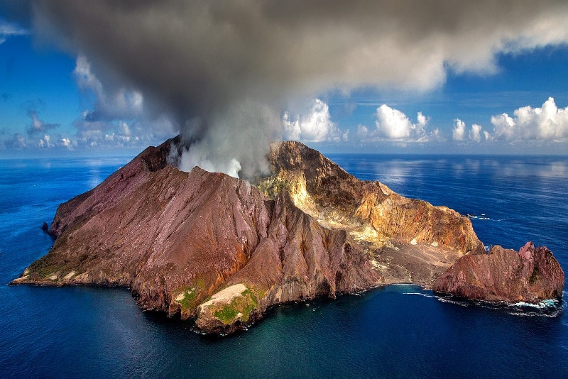 White Island (Whakaari) - Fun things to do in New Zealand