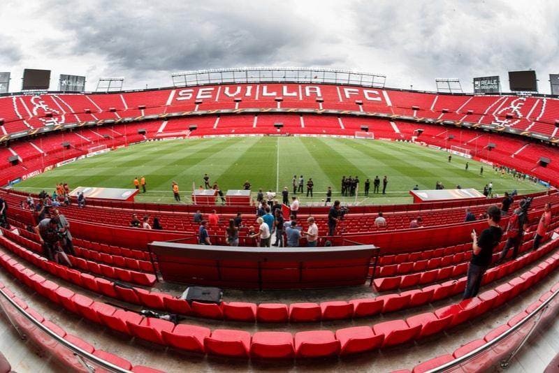 Sevilla Fußballstadion - Sehenswürdigkeiten in Sevilla