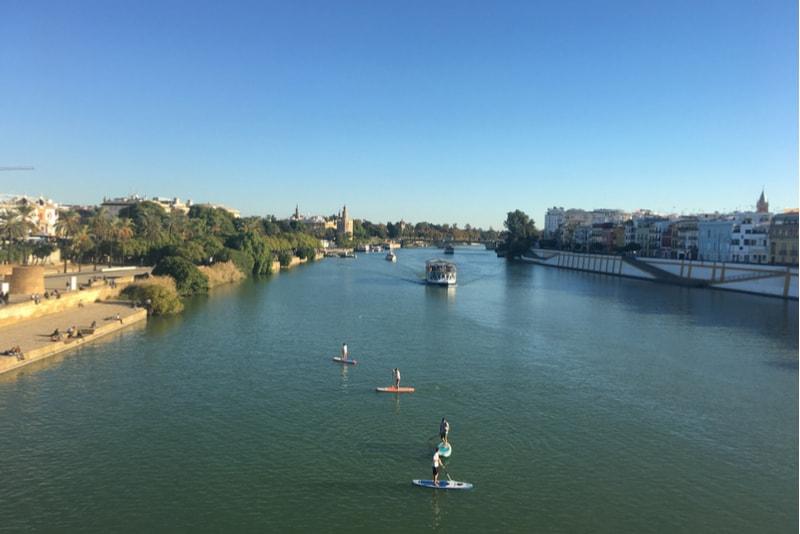 Paddel Guadalquivir Fluss - Sehenswürdigkeiten in Sevilla