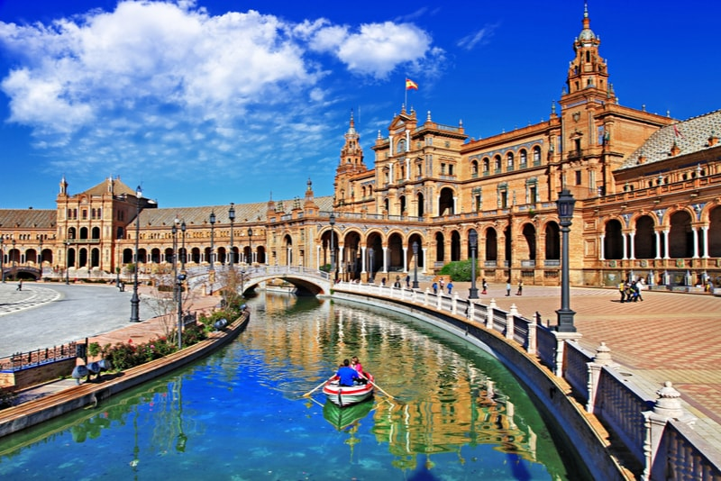 Plaza España - Sehenswürdigkeiten in Sevilla