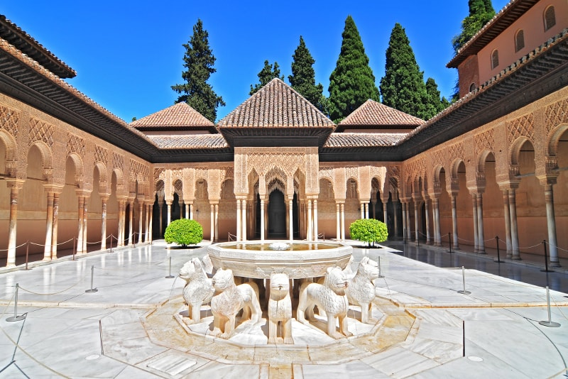 Patio de Los Leones - Unusual Things to do in Granada