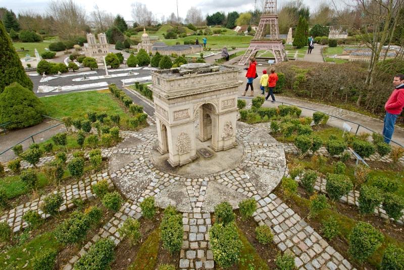 França em Miniatura - Viagens de um dia de Paris