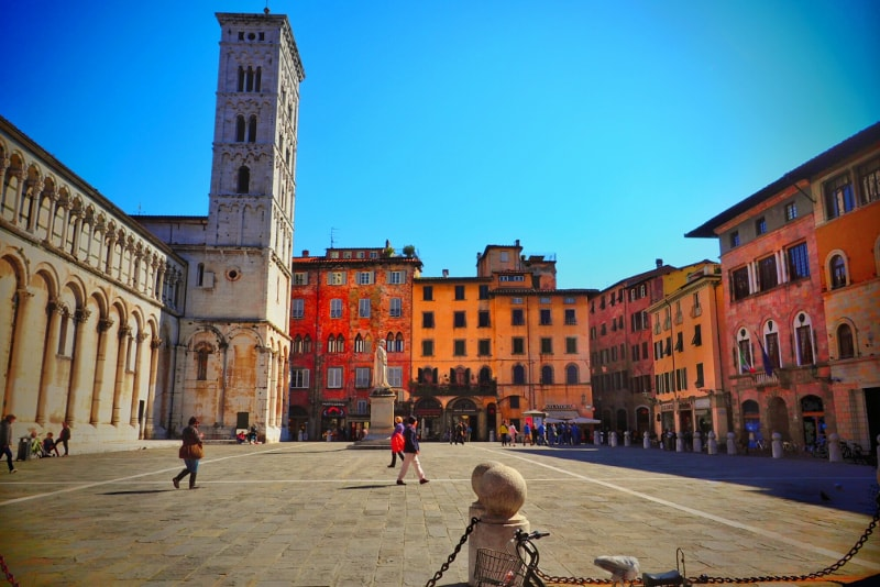 Lucca day trips from Florence