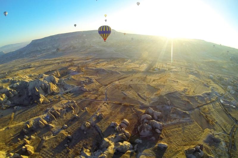 Kappadokien-Heißluftballonsonnenaufgang