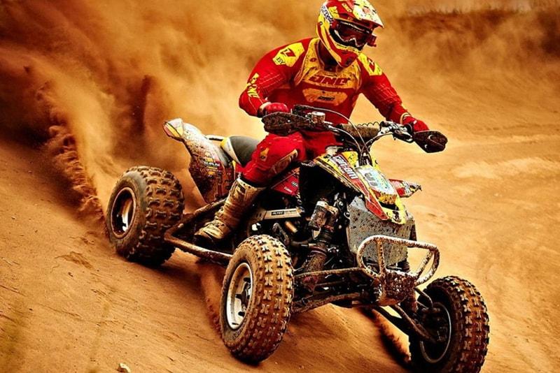 Safari de ATV en el desierto de Dubai