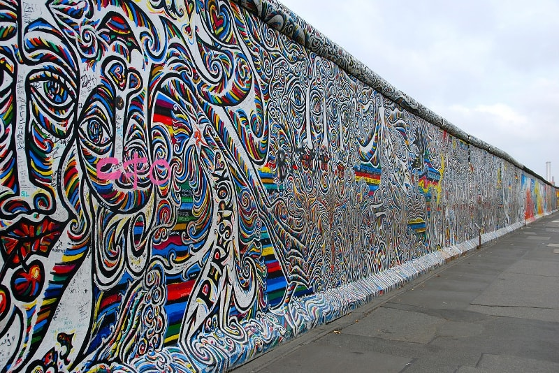 Berlin wall tours