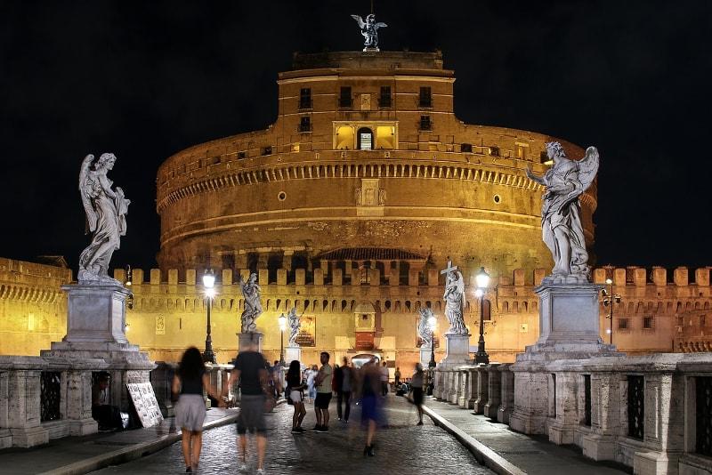 Passeios à noite em Roma