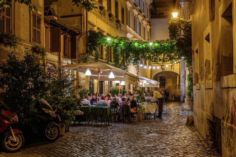 Vida noturna em Roma