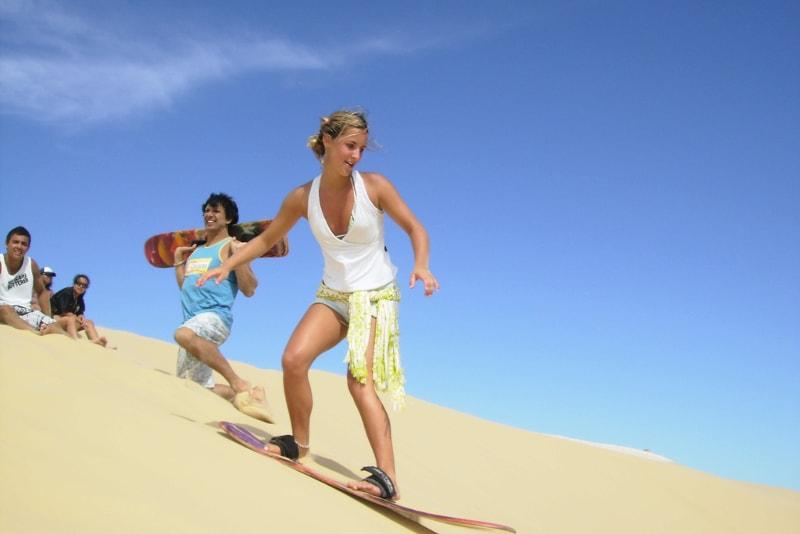 Sandboarding en el desierto de Dubai