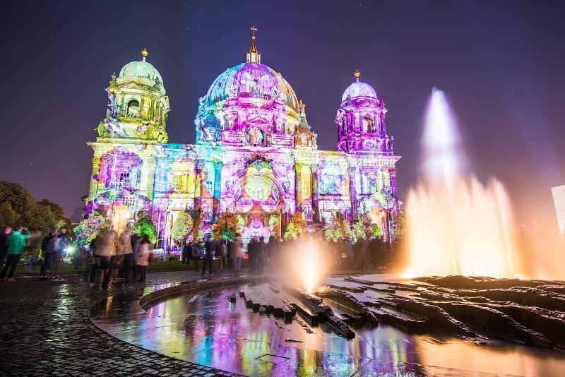 Berlin Cathédrale illuminée - Berlin Tours – 13 Visites Incontournables