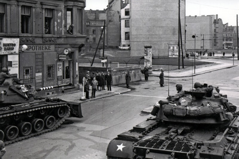 Checkpoint Charlie durante la Guerra Fredda