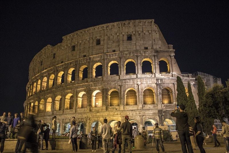 il Colosseo di notte - visite notturne di Roma