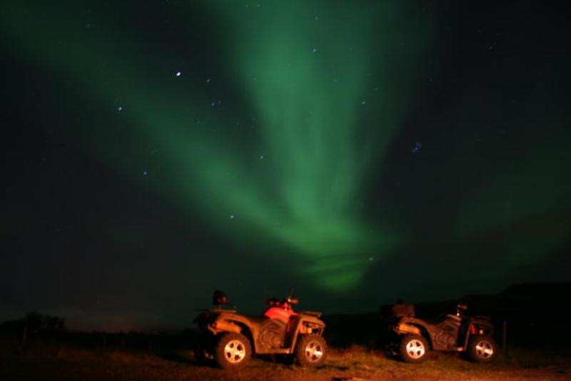 Quad - Excursions Pour Voir les Aurores Boréales en Islande
