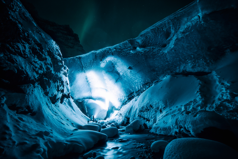 Northern Lights Tour with Southern Iceland Lava Fields, Glaciers and Beaches
