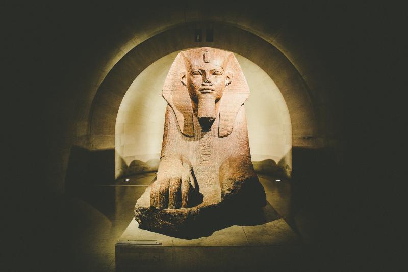 Riproduzione della Sfinge - Biglietti last minute per il Museo del Louvre