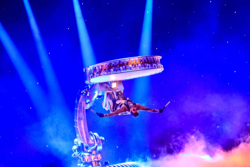 La Perle by Dragone - 18 Things to do during your stopover from Dubai Airport