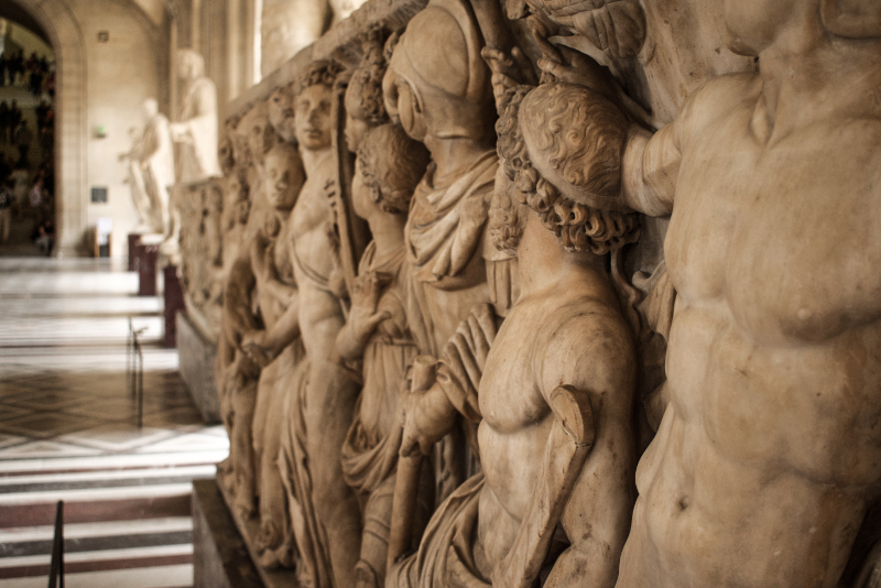 Bassorilievo - Biglietti last minute per il Museo del Louvre