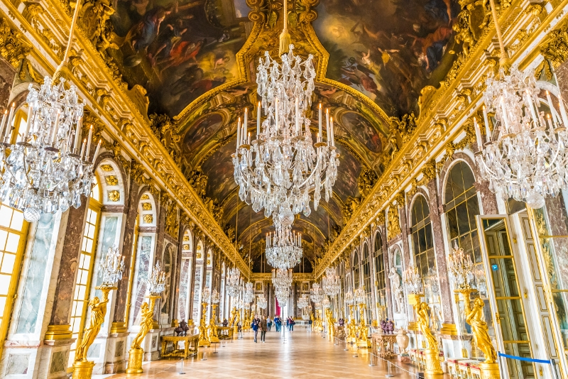 Hall of Mirrors in Versailles Palace