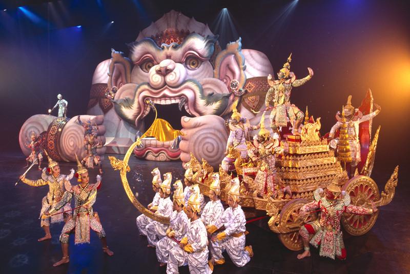 FantaSea Show - Things To Do In Phuket
