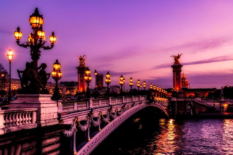 Eiffel Tower guided tour + city tour