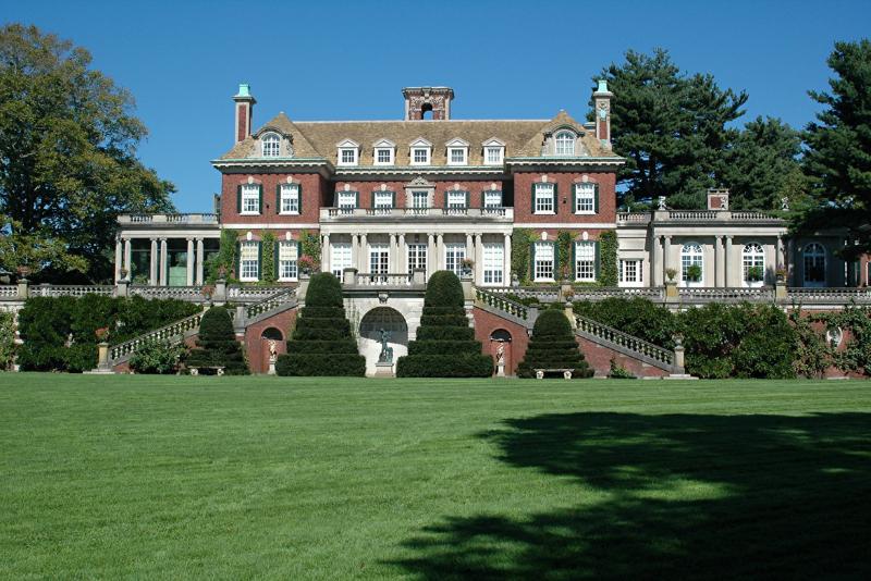 Old Westbury gardens day trips from New York City