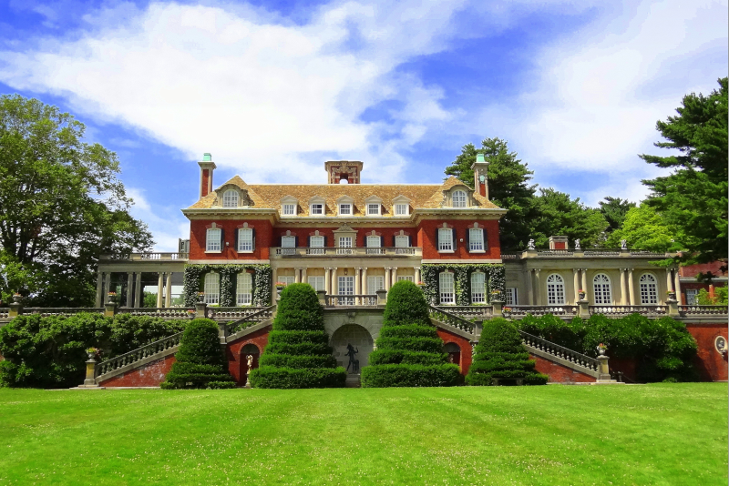 Westbury house - day trips from New York City