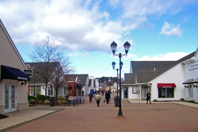 Woodbury Common Premium Outlets - day trips from New York City