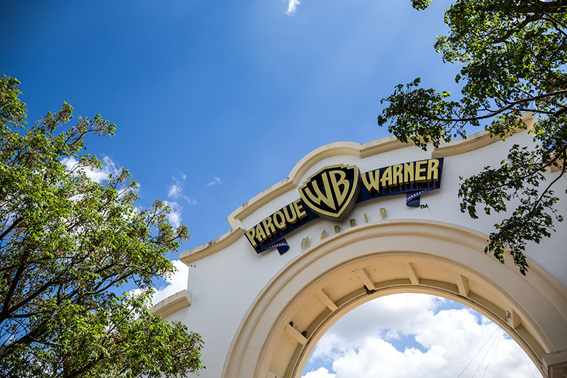 Warner Bros Park - Day Trips from Madrid