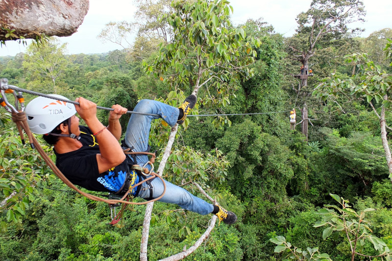 Angkor temples zip line - Angkor temples tours