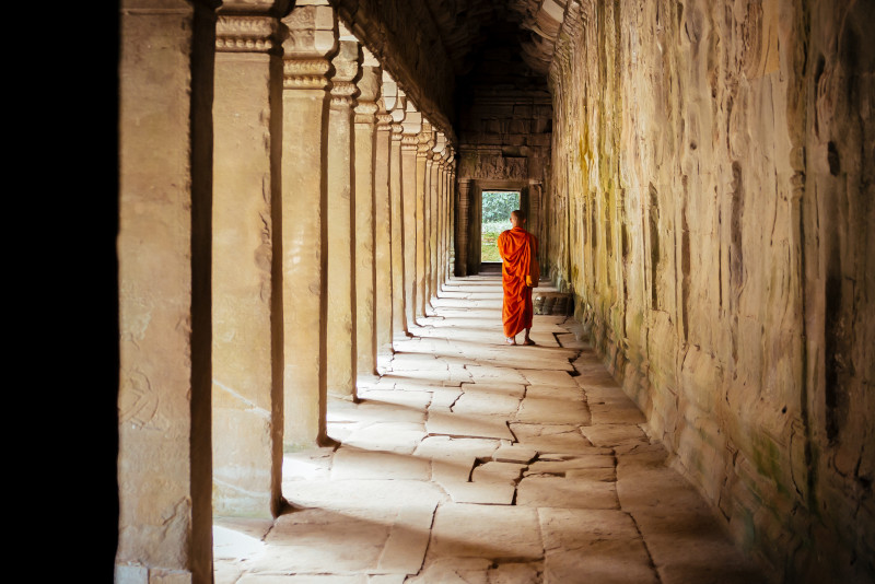 Angkor temples monk - Angkor temples tours