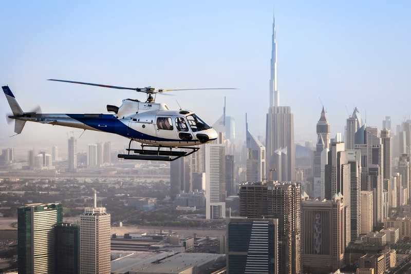 City skyline helicopter tours in Dubai