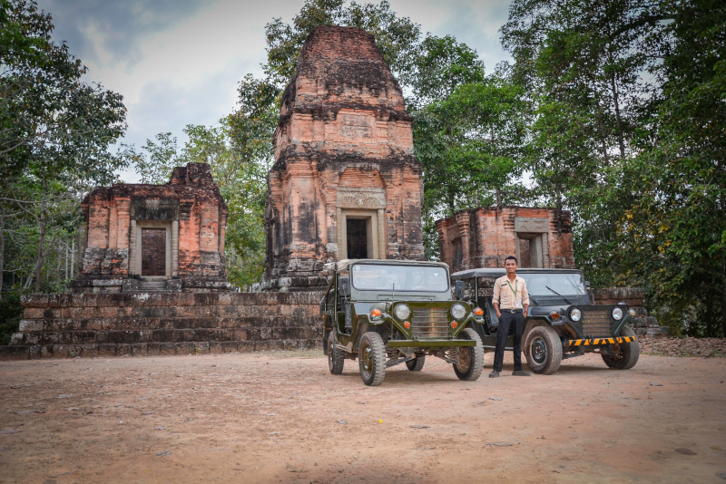 Jeep tour Angkor temples - Angkor temples tours