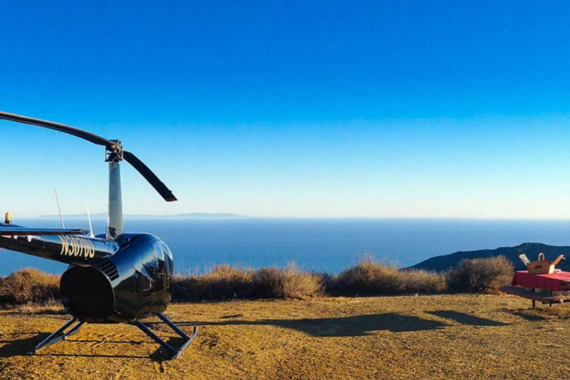 Romantic helicopter tours with mountain landing in LA