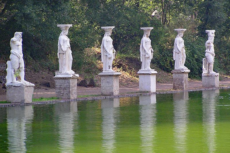 Statues - Hadrian's Villa (Tivoli) Tours from Rome