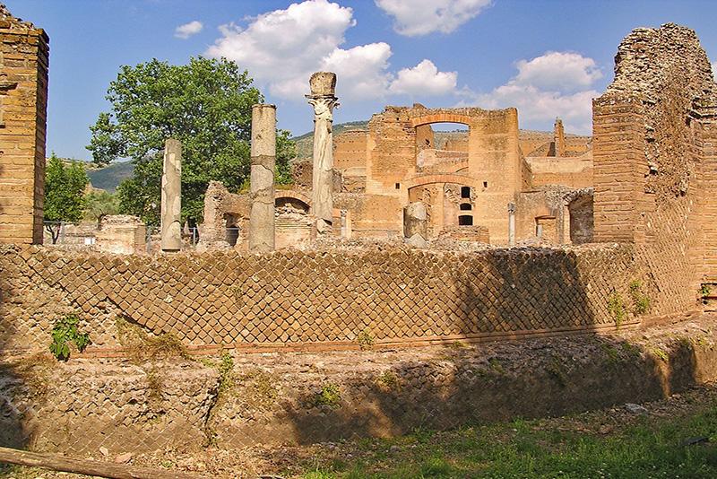 Archeological ruins - Hadrian's Villa (Tivoli) Tours from Rome