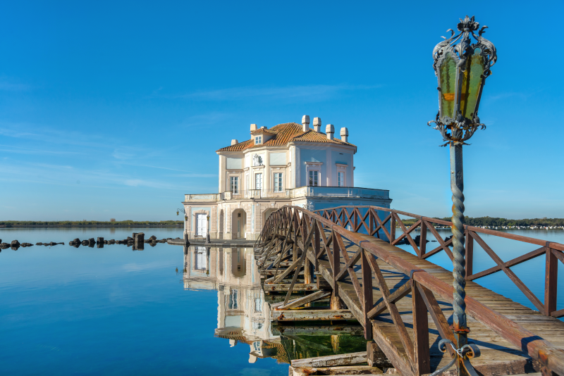 Fusaro Lake day trips from Naples