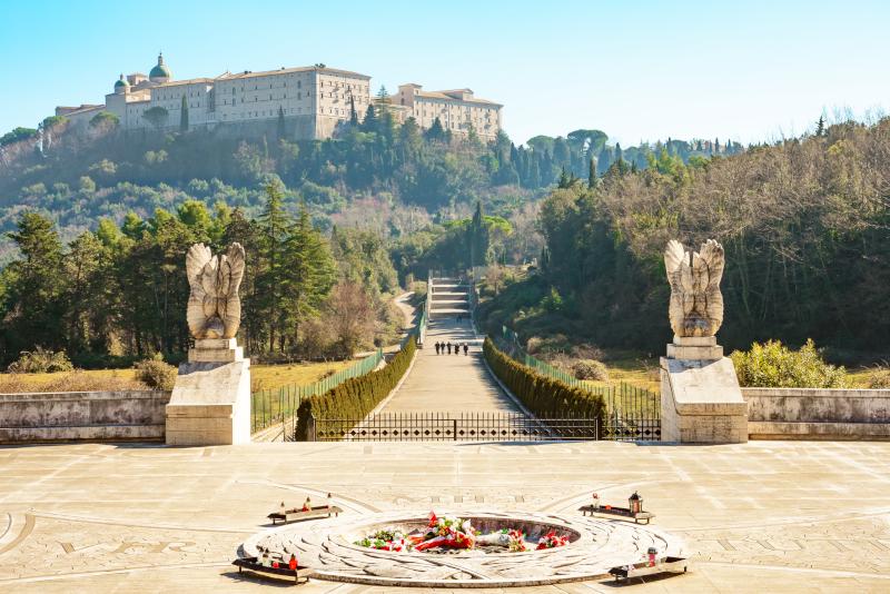 Montecassino Abbey Tagesausflüge von Neapel