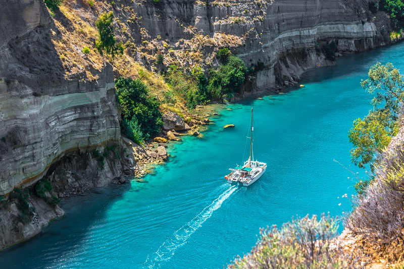 Corinth day trips from Athens