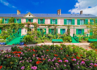 Day trip to Giverny from Paris