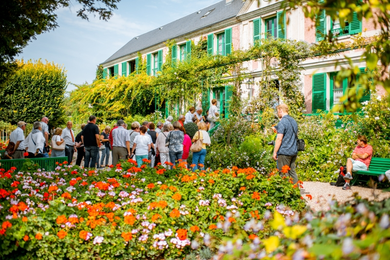 Giverny guided tours