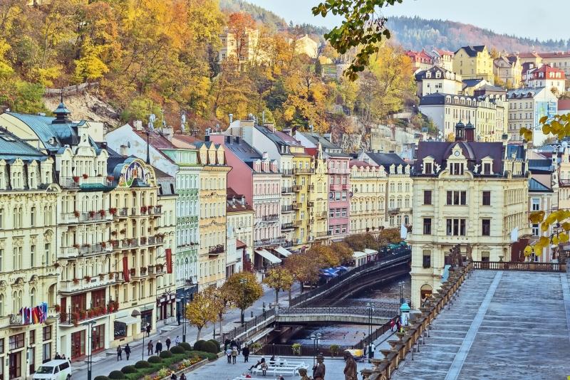 Karlovy Vary day trips from Prague