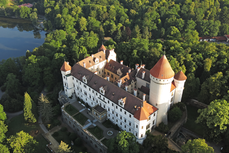 Castillo de Konopiště excursiones de un día desde Praga
