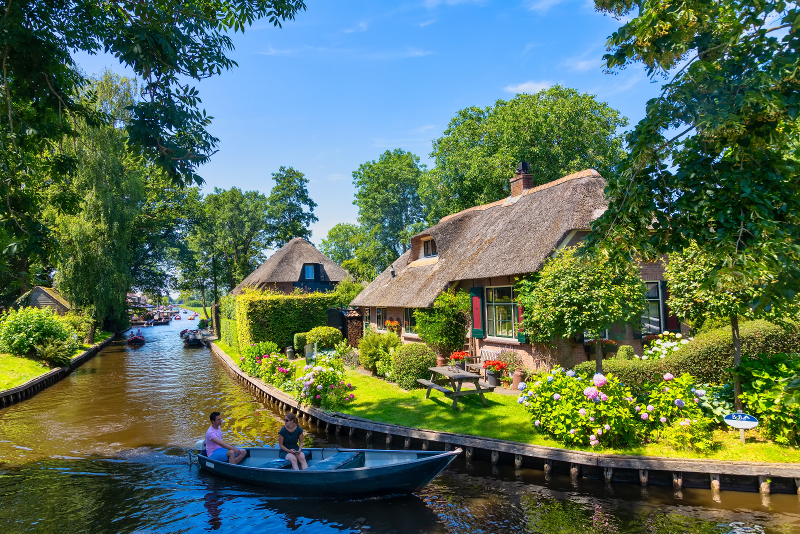 Giethoorn day trips from Amsterdam