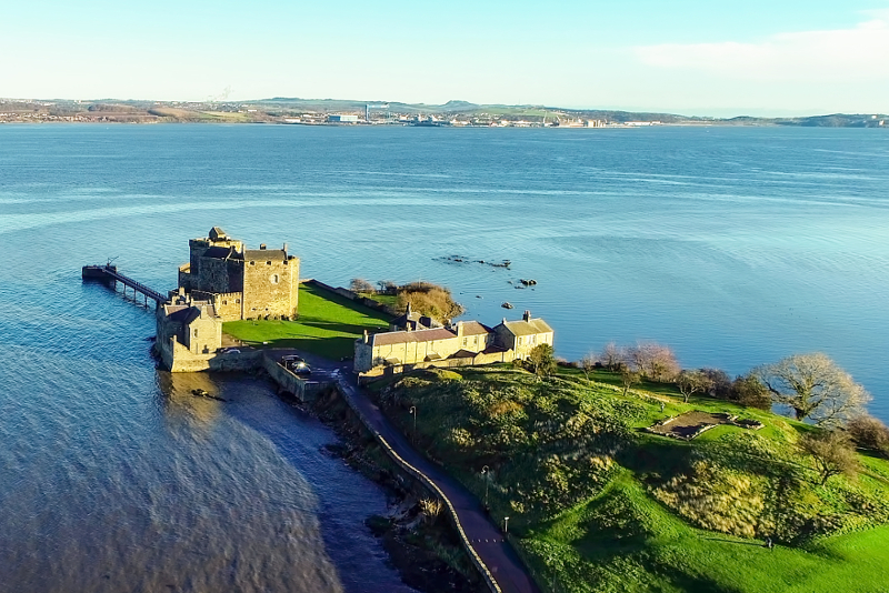Outlander filming locations - day trips from Edinburgh