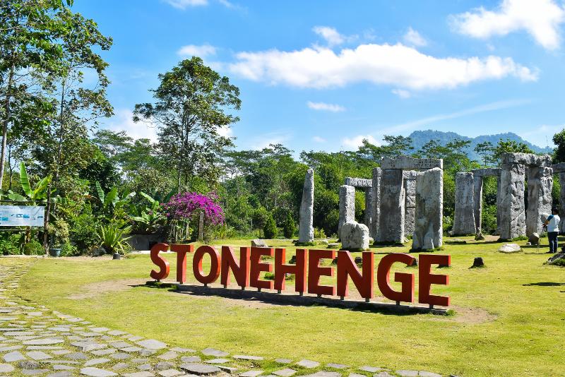Horário de abertura de Stonehenge
