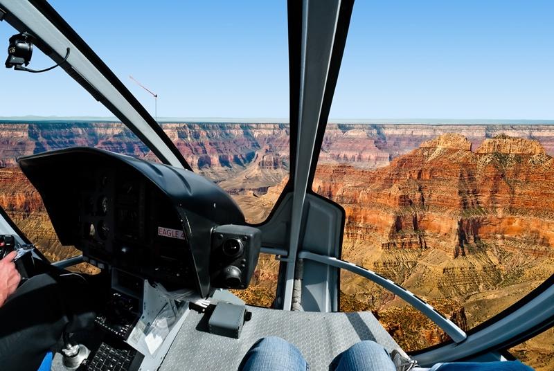 Vista do Grand Canyon do helicóptero